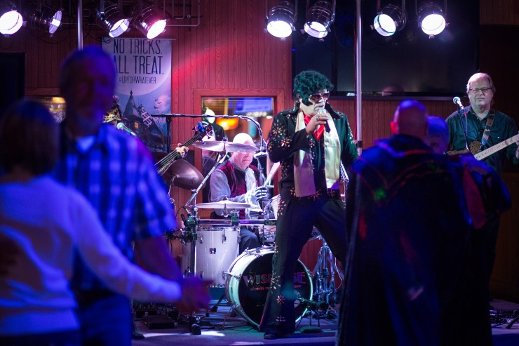 Jeff Bork performs as Elvis with his brothers band, Wisegise at the Southgate Lounge in Grand Forks, ND on Saturday, October 29, 2016. (Joshua Komer / Grand Forks Herald)