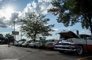 Dozens of cars lined up at El Roco in Grand Forks, ND on Tuesday July 21, 2015. (Grand Forks Herald/ Joshua Komer)